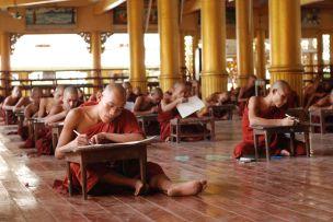 monk_examinations_bago_myanmar